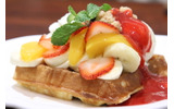 Strawberry Banana & Peach Waffleの画像